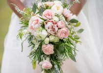 blooming-blur-bouquet-1476389
